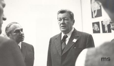 Od lewej Ryszard Brudzyński (wicedyrektor ms), Włodzimierz Pośpiech (kierownik Wydziału Kultury i Sztuki RN m. Łodzi), Lucjan Motyka  (kierownik Wydziału Kultury KC PZPR)