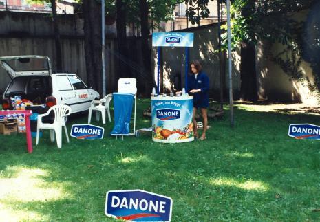 Francuski piknik na dziedzińcu ms
