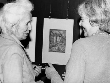 Anna Ryszkowska (Archiwum Państwowe w Łodzi) i  Halina Zawilska (kierownik Działu Sztuki Polskiej)