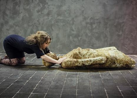 Angelika Fojtuch, performans.
