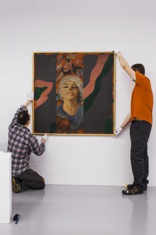 Przed wernisażem - montaż wystawy.