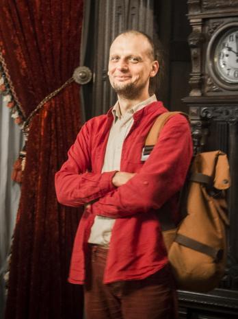 Wernisaż, Martyn Kramek (Dział Realizacji Wystaw)
