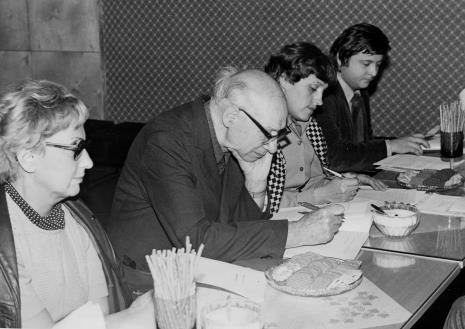 Konferencja prasowa, od lewej red. Irena Beck (PAP), red. Mieczysław Jagoszewski (Dziennik Łódzki), red. Małgorzata Karbowiak (Express Ilustrowany), red. Piotr Słowikowski (TVP Łódź)