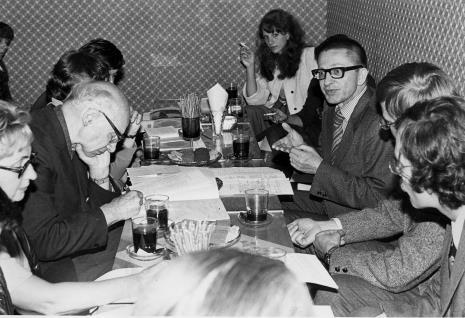 Konferencja prasowa, z lewej red. Irena Beck (PAP) i red. Mieczysław Jagoszewski (Dziennik Łódzki), w głebi Elżbieta Świetlik (ms) i dyr. Ryszard Stanisławski
