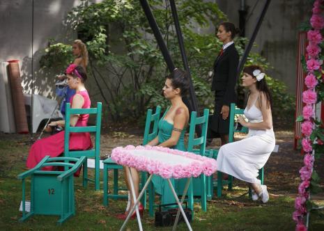 Dada piknik - spektakl w ogrodzie