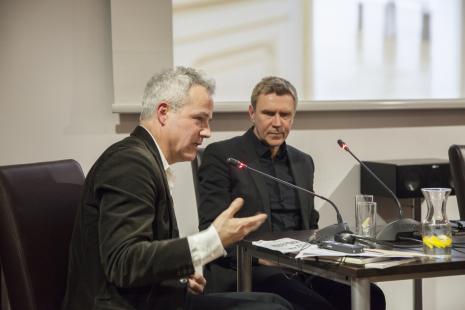 Andrew Nairne i Mirosław Bałka - rozmowa w sali konferencyjnej ms2