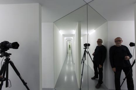 Dokumentacja wystawy, przy aparacie Piotr Tomczyk