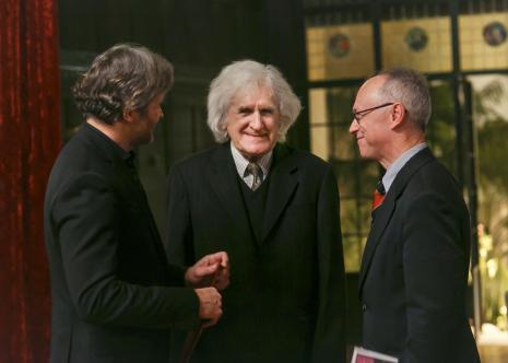 Od lewej dyr. Jarosław Suchan (ms), kurator wystawy Janusz Wałek, dr hab. Marian Wołkowski-Wolski (Prezes Zarządu Fundacji Książąt Czartoryskich)