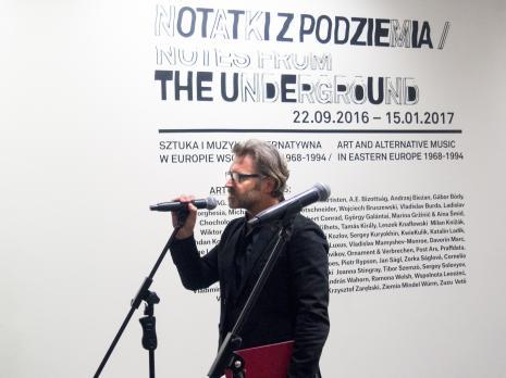 Dyr. Jarosław Suchan (ms) wita gości