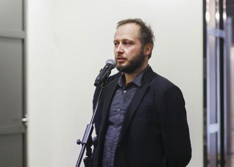 Autor scenografii wystawy Zbynek Baladran