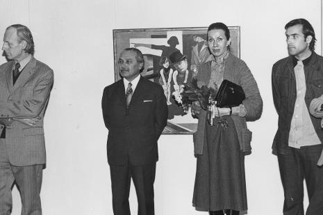 Od lewej dr Pieter Krieger, Ryszard Brudzyński (wicedyrektor ms), żona Dietera Hönischa, x na wernisażu wystawy Hanach Hoch. Malarstwo - rysunek- collage (oraz Antoni Starczewski. Paralele, Ireneusz Pierzgalski. Relacje)