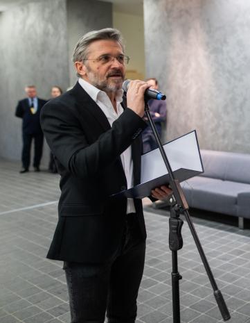 Dyr. Jarosław Suchan (ms)