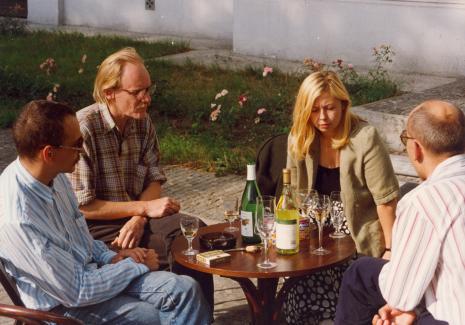 Od lewej Jan Trzupek (Dział Realizacji Wystaw), Peter Schejdahl, Maria Morzuch (Dział Sztuki Nowoczesnej), dyr. Jaromir Jedliński