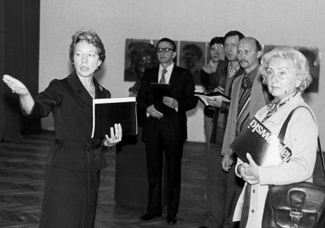 Od lewej Jelena Michajłowa (Państwowe Muzeum Literatury w Moskwie), dyr. Ryszard Stanisławski, red. R. Grzelak (Dziennik Popularny), x, red. Jerzy Katarasiński (Odgłosy), red. Irena Beck