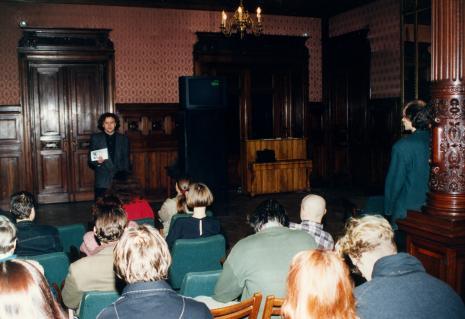 Ryszard Kluszczyński podczas wykładu