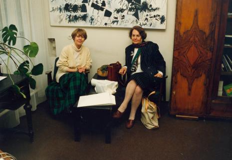Krystyna Jasińska (Dział Promocji) i prof. Krystyna Kersten
