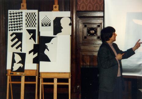 Dr Wiesława Limont podczas wykładu