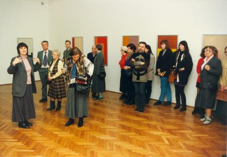 Od lewej dr Wiesława Limont, prof. Bogusław Sułkowski (socjolog, UŁ), x, x, red. Krystyna Namysłowska (Polskie Radio); z brodą Zdzisław Muchowicz (artysta)