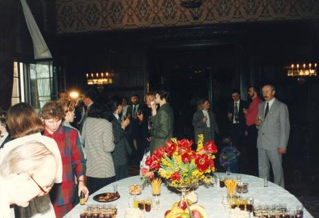 Koktajl w sali balowej Rezydencji Księży Młyn (obecnie - Muzeum Pałac Herbsta)