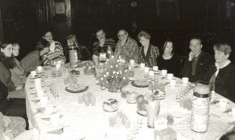 Od lewej x, Janina Ładnowska (Dział Sztuki Nowoczesnej), x, x, Krystyna Jasińska (Dział Promocji), red. Zbigniew Dominiak (Tygiel Kultury), red. Zbigniew W. Nowacki (Tygiel Kultury)