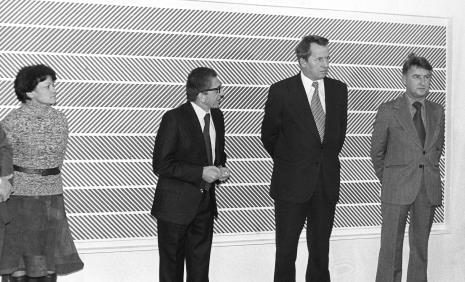Od lewej tłumaczka i sekretarka dr Herberta, dyr. Ryszard Stanisławski, Zbigniew Faliński (KŁ PZPR), Tadeusz Kielan (Wydział Kultury KC PZPR)