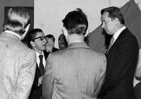 Dyr. Ryszard Stanisławski w rozmowie z Tadeuszem Kielanem (Wydział Kultury KC PZPR, pierwszy z prawej)