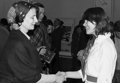 Urszula Czartoryska (Dział Fotografii i Technik Wizualnych) i Teresa Gledove (The British Council)