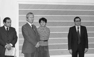 Od lewej Mieczysław Ptaśnik (MKiS), dr James Herbert (dyrektor The British Council), tłumaczka i sekretarka dr Herberta, dyr. Ryszard Stanisławski