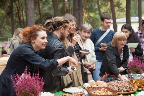 Z lewej Tamara Skalska (Dział Komunikacji)