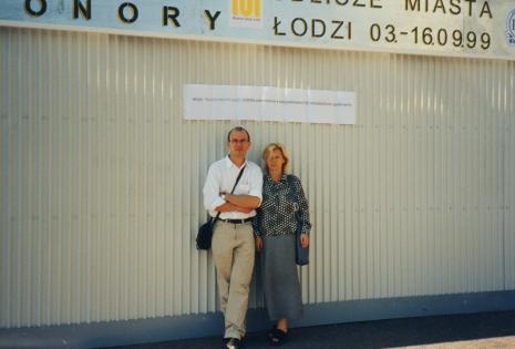 Aleksander Honory i kuratorka wystawy Maria Morzuch (Dział Sztuki Nowoczesnej)