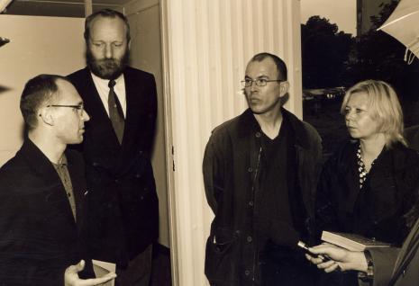 Od lewej Maciej Kostro (Dział Promocji), dyr. Mirosław Borusiewicz (ms), Alexander Honory, kuratorka wystawy Maria Morzuch (Dział Sztuki Nowoczesnej)