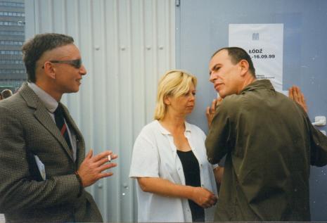 Od lewej Jacek Bieleński, Maria Morzuch (Dział Sztuki Nowoczesnej),  Aleksander Honory