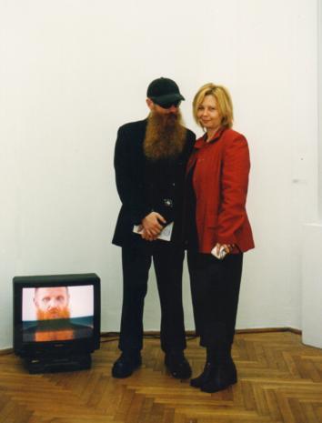 Mikołaj Robert Jurkowski (Centralny Urząd Kultury Technicznej) i kuratorka wystawy Maria Morzuch (Dział Sztuki Nowoczesnej)