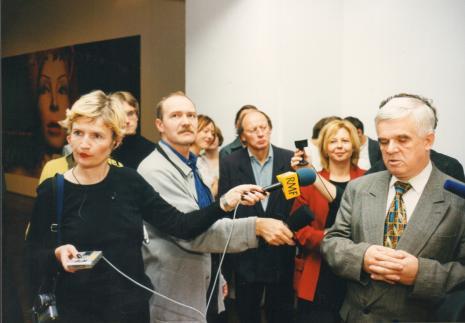 Jacek Ojrzyński (wicedyrektor ms) otwiera wystawę
