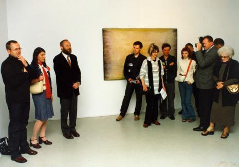 Od lewej Wojciech Leder, kuratorka wystawy Magdalena Ujma (Dział Promocji), dyr. Mirosław Borusiewicz (ms), x, x, Andrzej Miastkowski (RW), x, x, Wera Modzelewska