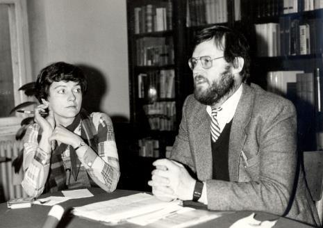 Konserwatorium w czytelni biblioteki Działu Dokumentacji Naukowej, Paul Overy z tłumaczką