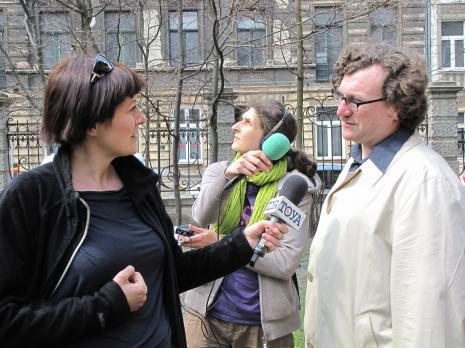 Z lewej red. Ewa Tyszko (TV Toya), z prawej Cezary Bodzianowski