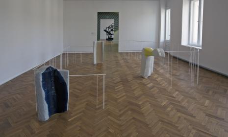 Dokumentacja wystawy - praca Nairy Baghramian