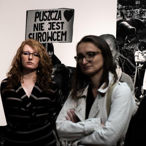 Maria Gmerek (Dział Komunikacji) i Katarzyna Słoboda (Dział Sztuki Nowoczesnej)