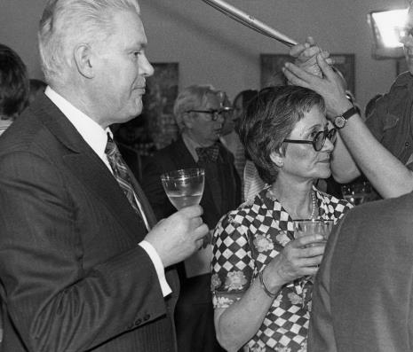 Od lewej Jerzy Lorens (przewodniczący Prezydium Rady Narodowej Miasta Łodzi), Edmund Osmańczyk, pani Almeyda-Medina,