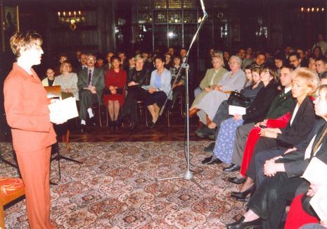 Dorota Berbelska (Muzeum Pałac Herbsta) wita publiczność