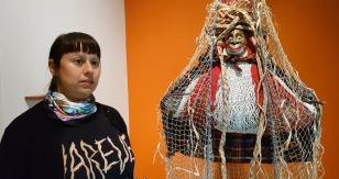 Z naszej kolekcji: artystka Carolina Caycedo o pracy Wielka Kobieta, 2017 [rozmowy i wywiady]