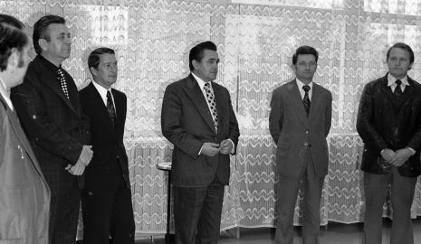 Otwarcie Domu Kultury Harnam przy ul. Pojezierskiej 2/6 w Łodzi. Wystawa obrazów z kolekcji Muzeum Sztuki w Łodzi