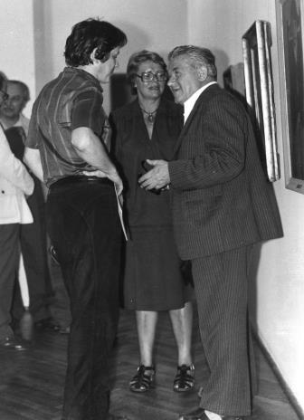 Od lewej red. Gustaw Romanowski (Głos Robotniczy), Danuta Chybowicz (wicedyrektor Centralnego Muzeum Włókiennictwa w Łodzi), płk. Marian Gwizdka (TPSP w Łodzi)