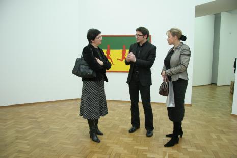 Od lewej x, dyr. Jarosław Suchan (ms) i dyr. Małgorzata Kowalska (Departament Kultury, Edukacji i Sportu Urzędu Marszałkowskiego w Łodzi)