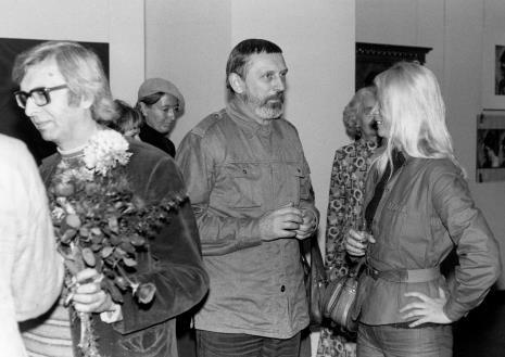 Od lewej Zbigniew Dłubak, w głębi Izabela Maria Trelińska, Ireneusz Pierzgalski, Natalia LL