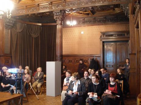 Publiczność w sali odczytowej