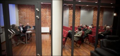 Sala odczytowa ms2. Na widowni widoczni od lewej Łukasz Biskupski, w drugim rzędzie Michał Brzeziński i Krzysztof Jurecki, z prawej Jacek Ojrzyński