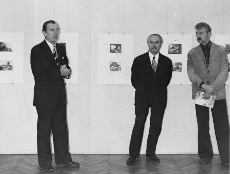Od lewej dr inż. Jakub Chojnacki (prezes Towarzystwa Naukowego Płockiego), Ryszard Brudzyński (wicedyrektor ms), Mieczysław Pracuta (Wojewódzki Konserwator Zabytków)