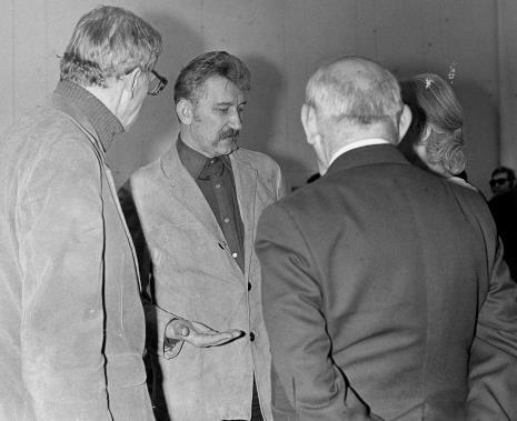 Z lewej Tadeusz Byczko (PWSM w Łodzi) i Mieczysław Parcuta (Wojeówdzki Konserwator Zabytków)